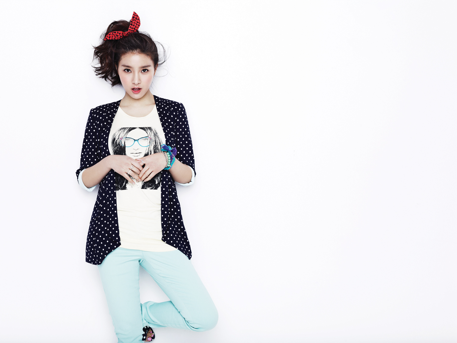 Kim so eun fashion 53