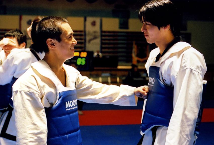 Spin Kick (2004)